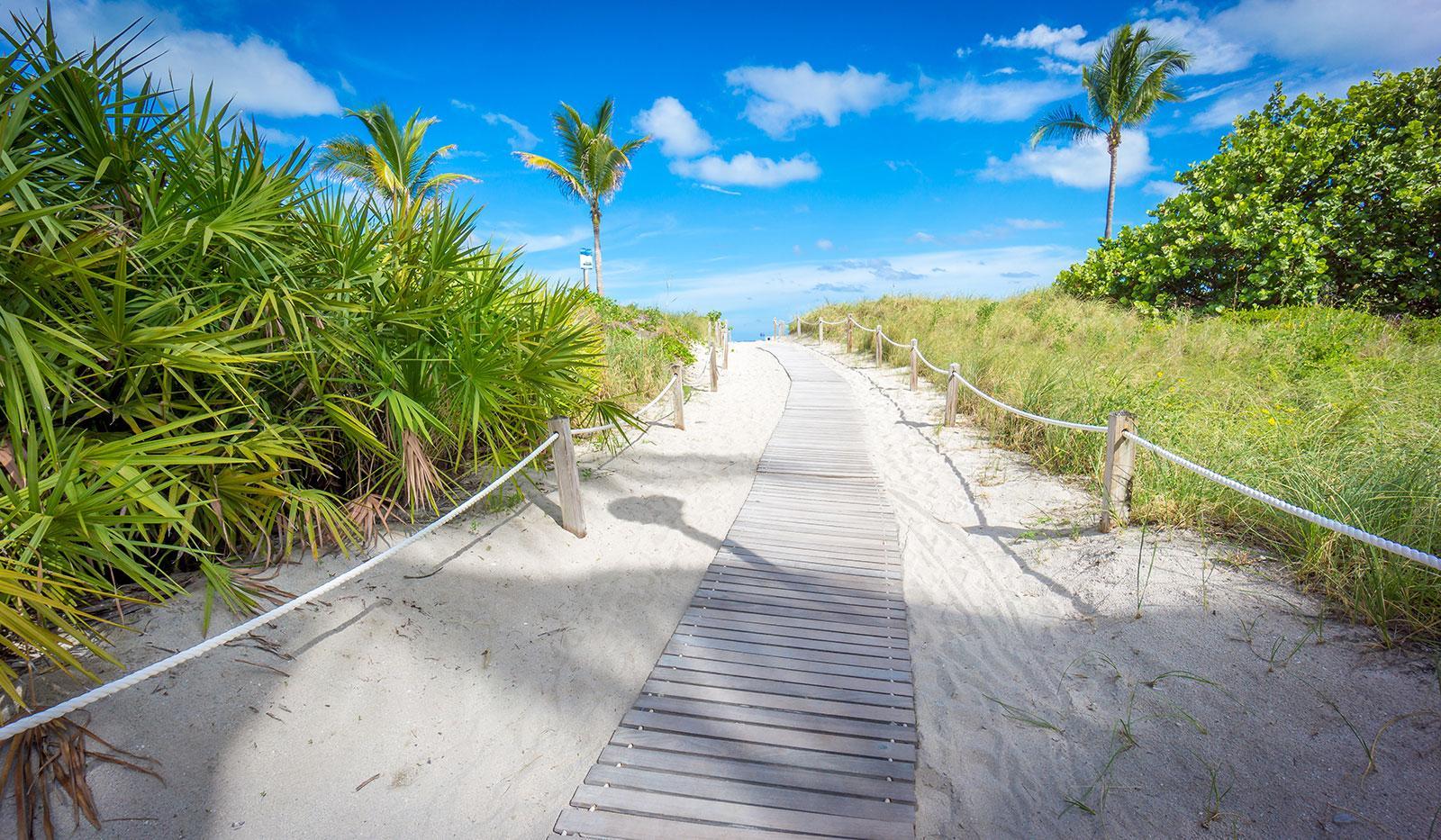 Vista de la playa de South Beach en Miami