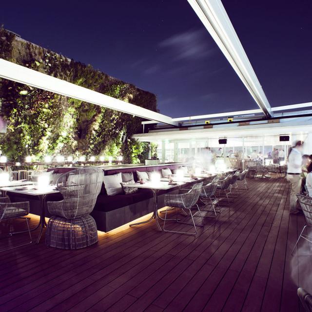 Rooftop bar Juvia Miami Beach