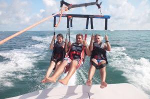 excursi-n-de-parasailing-en-la-bah-a-de-biscayne-en-miami-in-miami-148325