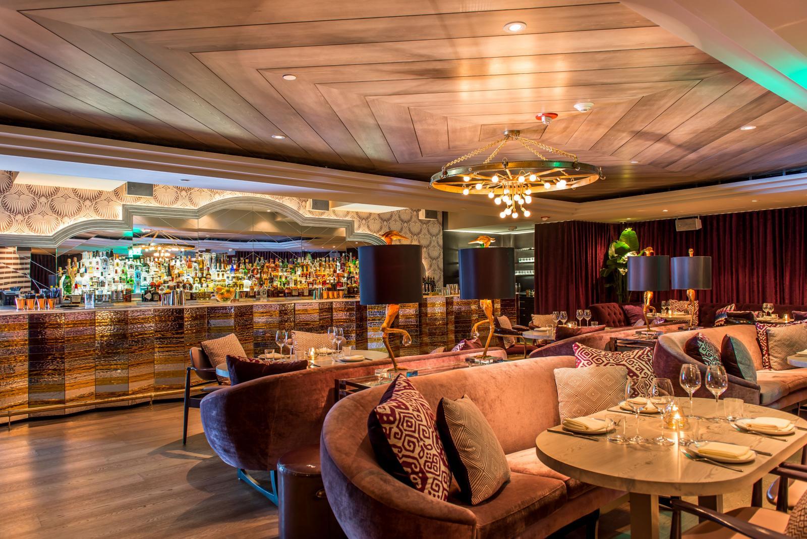 Lounge del Restaurante Byblos en Miami Bich